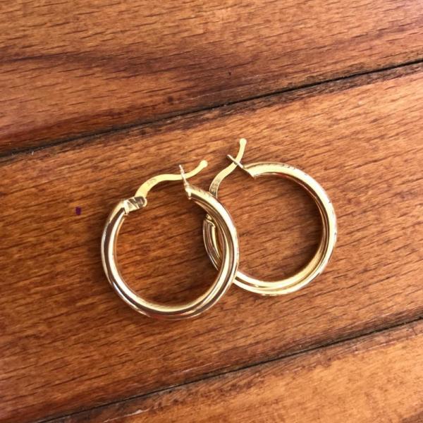 14 Ayar Altın Çift Sarmal Halka Küpe
